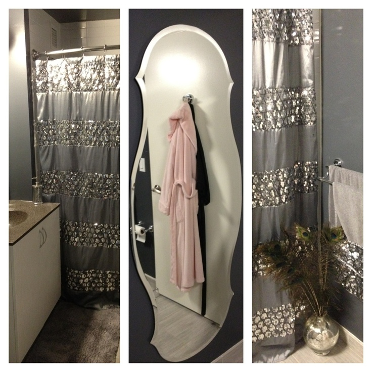 Glam Bathroom. Shower Curtain And Matching Towels From Casa.com.