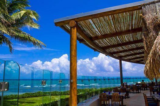 """В нашем ресторане """"Асуль"""" вас ждет сказочный вид на океан! http://rivieramaya.grandvelas.com/russian/"""