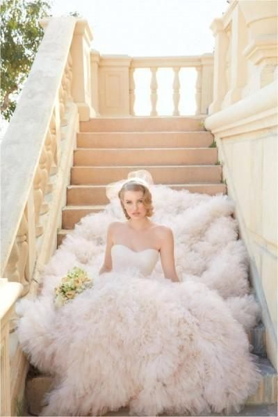 Best 25 gwen stefani wedding dress ideas on pinterest kim gwen stefani wedding dress google search junglespirit Images
