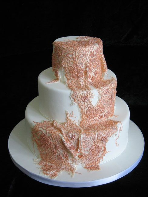 Antique Lace wedding cake - hand piped lacework