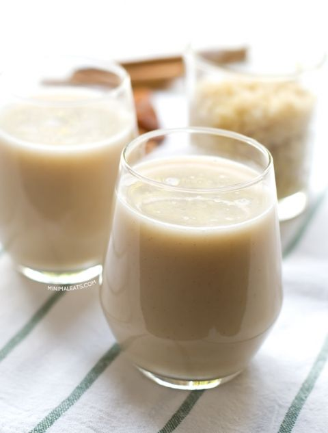 Homemade Quinoa Milk. Delicious homemade quinoa milk. If you like oat milk you need to try this recipe. Quinoa is an excellent source of protein and it also tastes amazing | minimaleats.com #minimaleats #vegan #glutenfree
