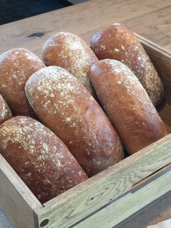 1日1000人が訪れた伝説のパン屋さんが遂に移転オープン!大阪本町で人気を博したブランジュリタケウチ。2016年1月26日、兵庫県西宮市生瀬町に「生瀬ヒュッテ