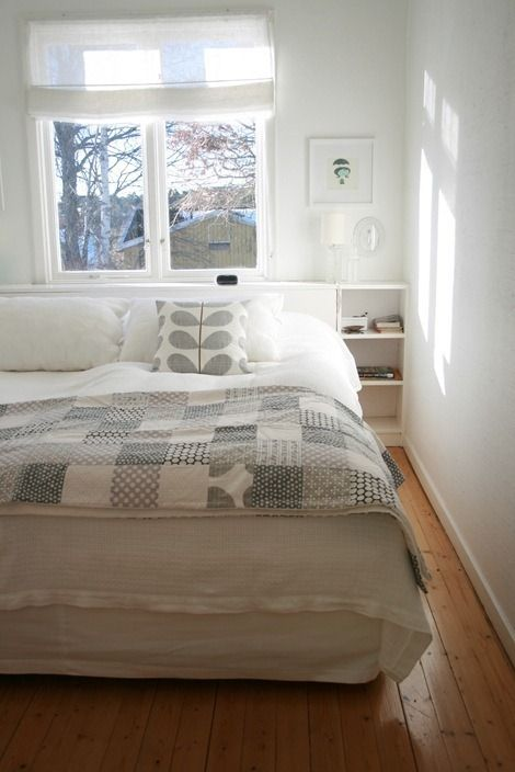 Grey Quilt....love this with the whit duvet - for our bedroom...