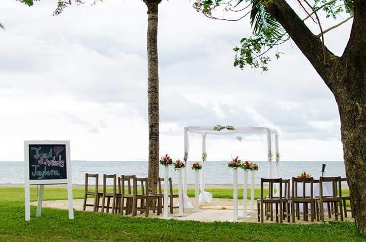 Hilton fiji tropical setup by paradise bride