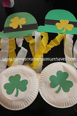 St. Patrick's Day Crafts for the Kids! Shamrock Shakers & Leprechaun Hats!
