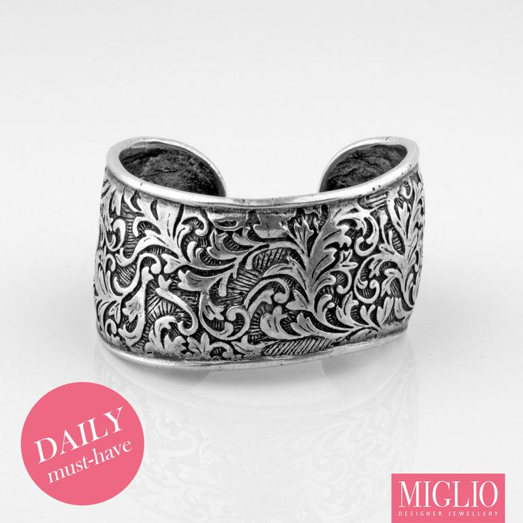 #musthave item: This bold #migliodesignerjewellery #silver cuff will give you the needed #MondayMotivation, B1205