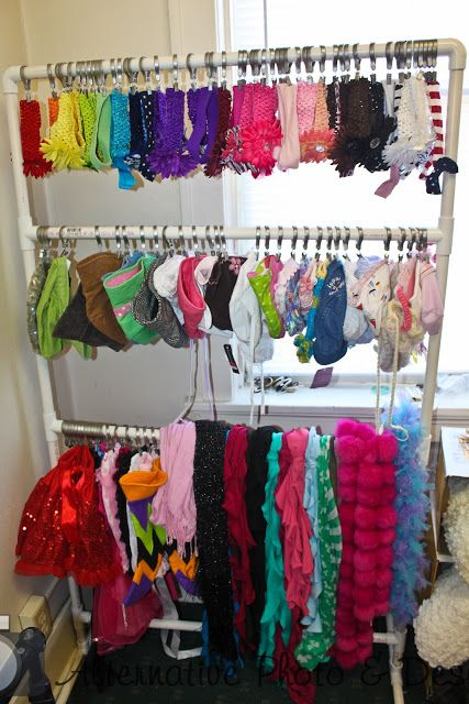 DIY Headband / Scarf / Hat Organizer [Tutorial] : drapery rings + PVC pipe... such a clever idea!