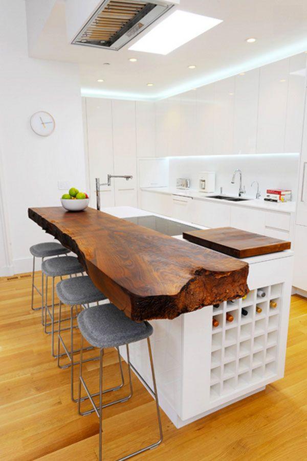 Grande lame de bois massif. Un véritable morceau de tronc comme plan de travail. - Wooden slab island counter! -White & Wood | Inmod Modern Furniture Blog