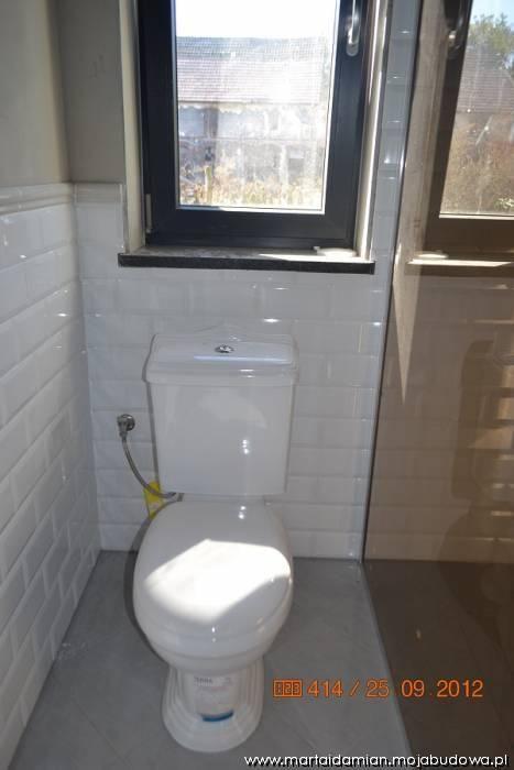 dolna łazienka na finiszu...