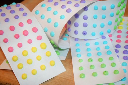 Homemade Dots Candy to make with kids: Food Colors, Eggs White, Home Made Candy, Printable Templates, Candy Buttons, Homemade Candy, Dots, Homemade Candies, Kid