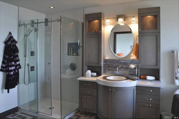 Douche en céramique avec multi-jets et conception vanité salle de bains
