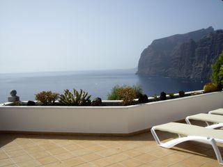 Prime locatie, adembenemend uitzicht op zee nr Strand / Marina, HTD Pool, A / C WiFi UKTV