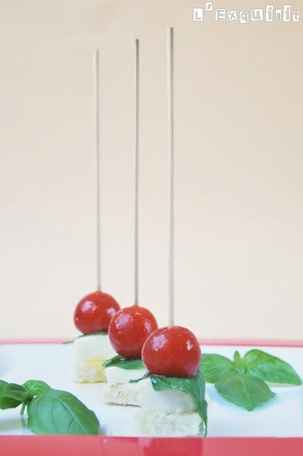 Tomato and mozzarella skewer   LExquisit