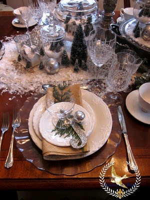 Gold And White Christmas Table Decorations 976 best christmas holiday tablescapes images on pinterest