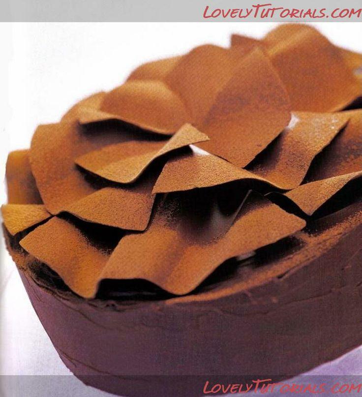 Торт украшенный волнами из шоколада -How to make Chocolate frills on cake - Мастер-классы по украшению тортов Cake Decorating Tutorials (How To's) Tortas Paso a Paso