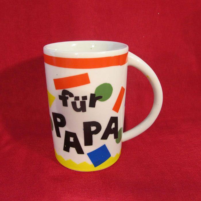 """Tasse zum Vatertag (Idee mit Anleitung – Klick auf """"Besuchen""""!) - Jetzt bekommt Papa als Vatertagsgeschenk endlich seine eigene Tasse! Eine tolle Idee zum Selbermachen für Kids! Mit ein bisschen Hilfe, vielleicht von der Mama, ist das gar nicht schwer."""