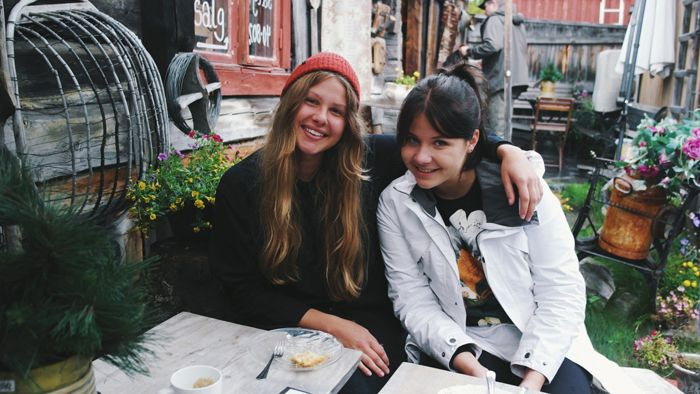Bilden är snodd från http://www.hejmichelle.blogspot.se/   Jag och Michelle åkte i hennes future machine och hälsade på Lisa i fjällen,  lagade mat, vandrade och försökte övertala lisa att flytta hem igen heheh  Lärde känna Michelle under den härA resan och hon är FANTASTISK:)