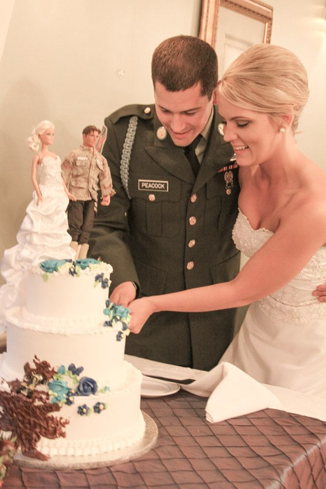 Army wedding! #Cake toppers