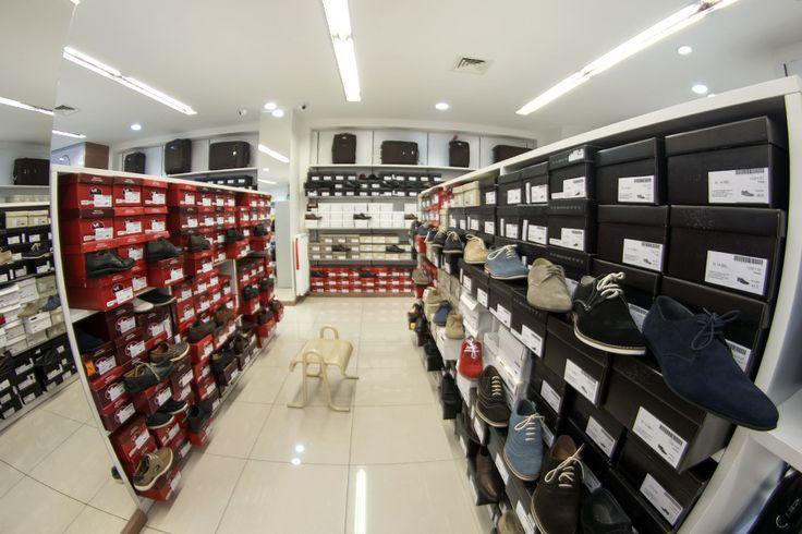 Corso shoe shop Budapest #Bugatti shoes