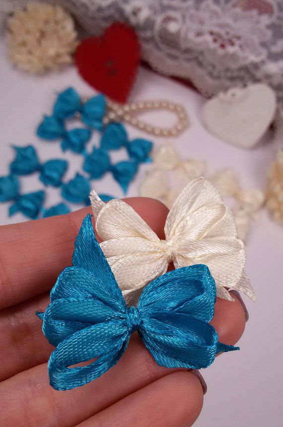 20 mixed ribbon bows ivory applique bows blue gift by Rocreanique on Etsy