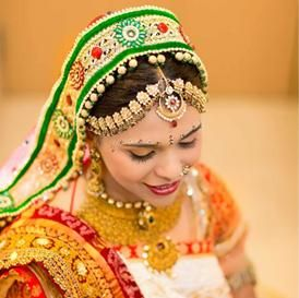 For all the beautiful brides-to-be, who are looking for the hottest designs in wedding jewellery, here are 7 stunning styles of maang tikka they can choose from.