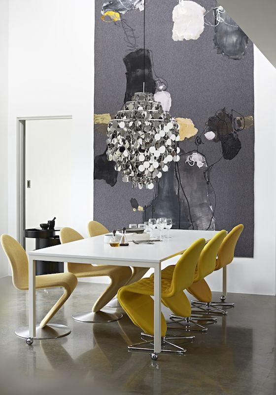 Panton Move table with System 1-2-3 Dining chairs, FUN1 DA pendant  Danish Interior Design Budapest