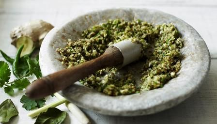 How to make Thai green curry paste #howto #currypaste #video