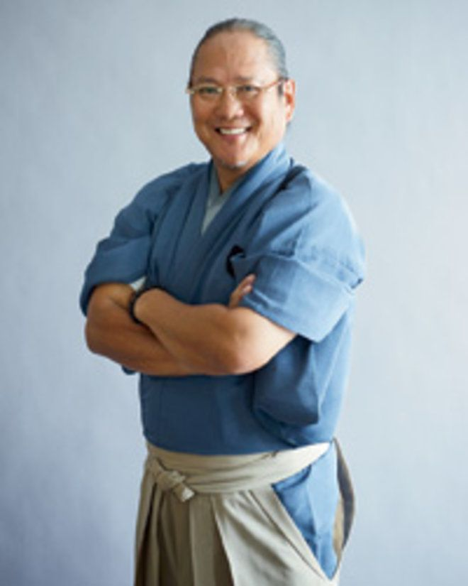 Iron Chef star Masaharu Morimoto shows how to make sushi yourself in these easy steps.