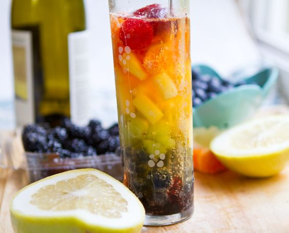 Rainbow Sangria: Rainbows Sangria, Yummy Drinks, Apples Juice, Pretty Natural, Gingers Ales, White Wine, Beautiful Recipes, Orange Juice, Sangria Recipes