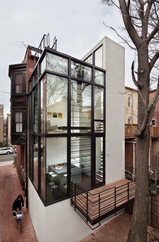 Desain Arsitektur Modern Rumah Kaca Dengan Tiang Baja