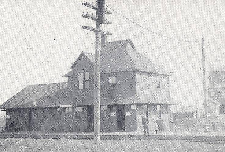Arkansas City, KS c.1915, Telegraph Pole, RR Station