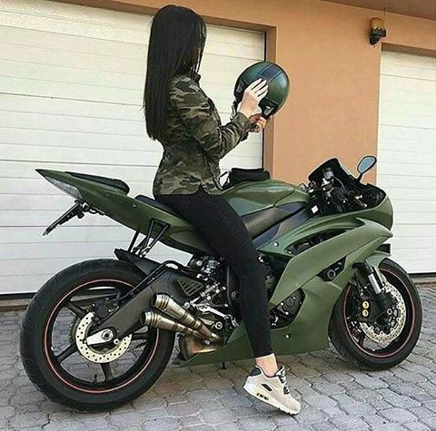 Biker girl on Yamaha R6