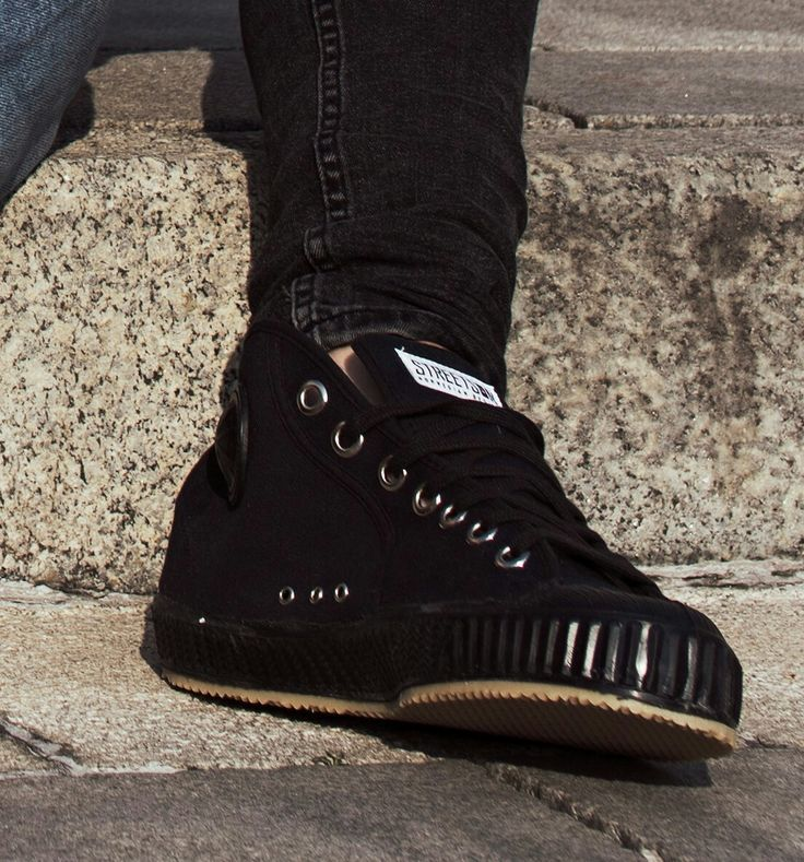 Streetson sneakers ALLBLACK. Norwegian sneaker brand.  #streetsonsneakers www.streetson.no