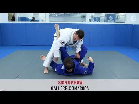 BJJ: Renzo Gracie's tip for opening any guard - YouTube