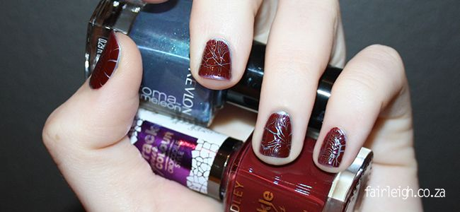 #MidWeekMani - Cranberry Crocodile - FairLeigh - The Girlier Side of a Geek