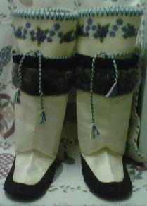Inuit made sealskin kamiks by Igah Etuangat