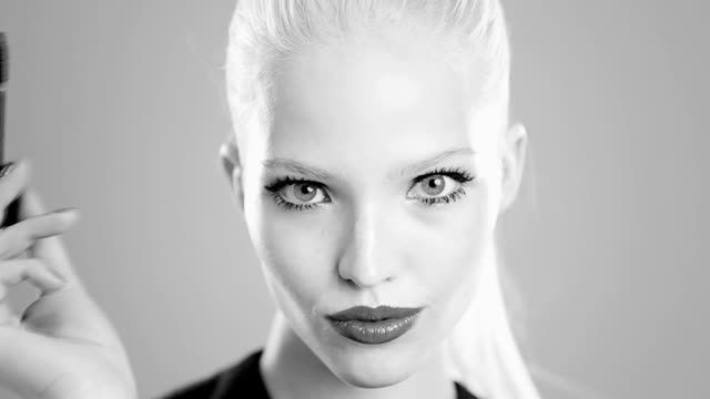Discover The DIOR It-Lash Posted on June 17, 2014 by Harrie Appel