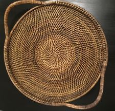 """Pampered Chef Woven Selections Serving Tray Wicker Round with Handles 16.25""""diam"""