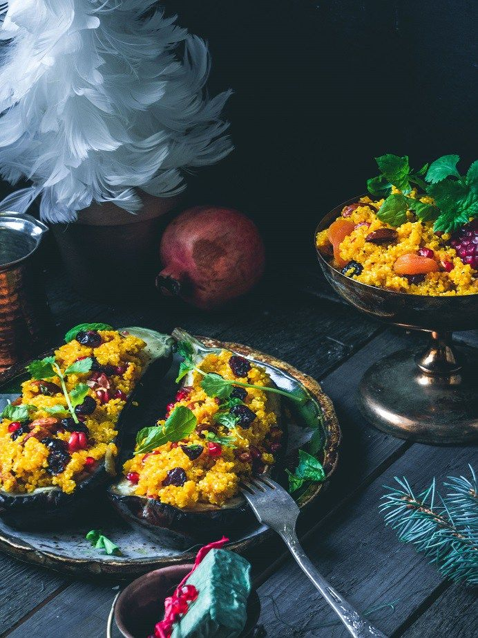 Sahramikvinoalla täytetyt munakoisot (vegaani, gluteeniton) – Viimeistä Murua Myöten #kvinoa #munakoiso