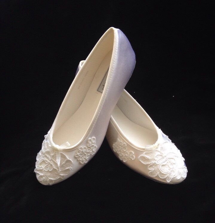 BALLET Alencon Lace Ballet Flats Wedding Shoes by YvesBellaBrides on Etsy https://www.etsy.com/uk/listing/188110362/ballet-alencon-lace-ballet-flats-wedding