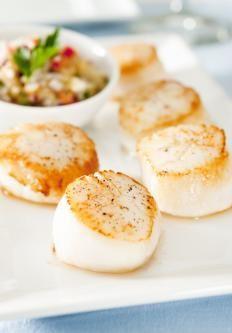 Capesante in salsa piccante http://www.gustissimo.it/ricette/antipasti-pesce/capesante-in-salsa-piccante.htm