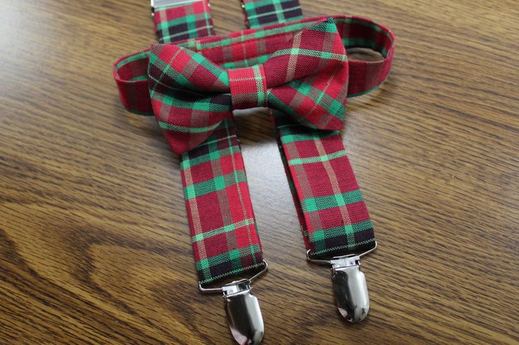 Christmas Bow tie and suspenders set for boys, babies, toddlers, and youth. Red and green bow tie suspenders set. Holiday Red Plaid Bow Tie by PetitsEnfantsCloset on Etsy