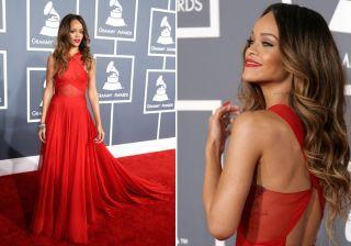 As criações dos grandes estilistas são ótimas fontes de inspiração para as madrinhas, formandas e convidadas de festas de gala... Confira os modelos de vestidos longos escolhidos pelas famosas. Rihanna