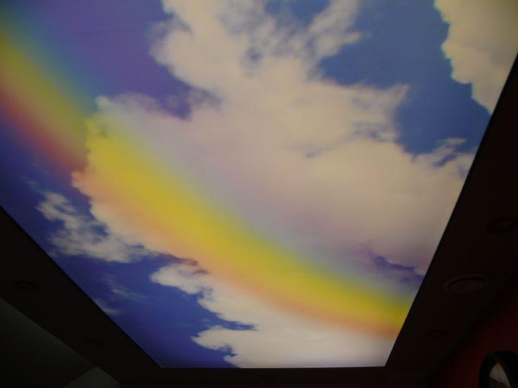 oświetlenie dekoracyjne małej sypialni e-technologia