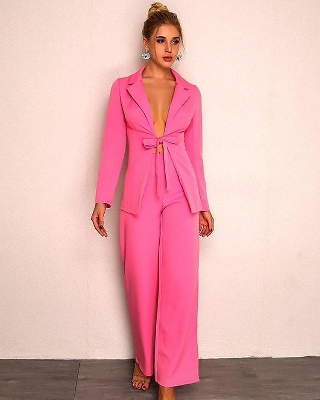8dd97687a93 Pink Drawstring Jumpsuit Shop now at www.zooomberg.com #zooomberg #pinkjumpsuit#fashionable#ootd#summer#womenswear#summercollection#springsummer2019
