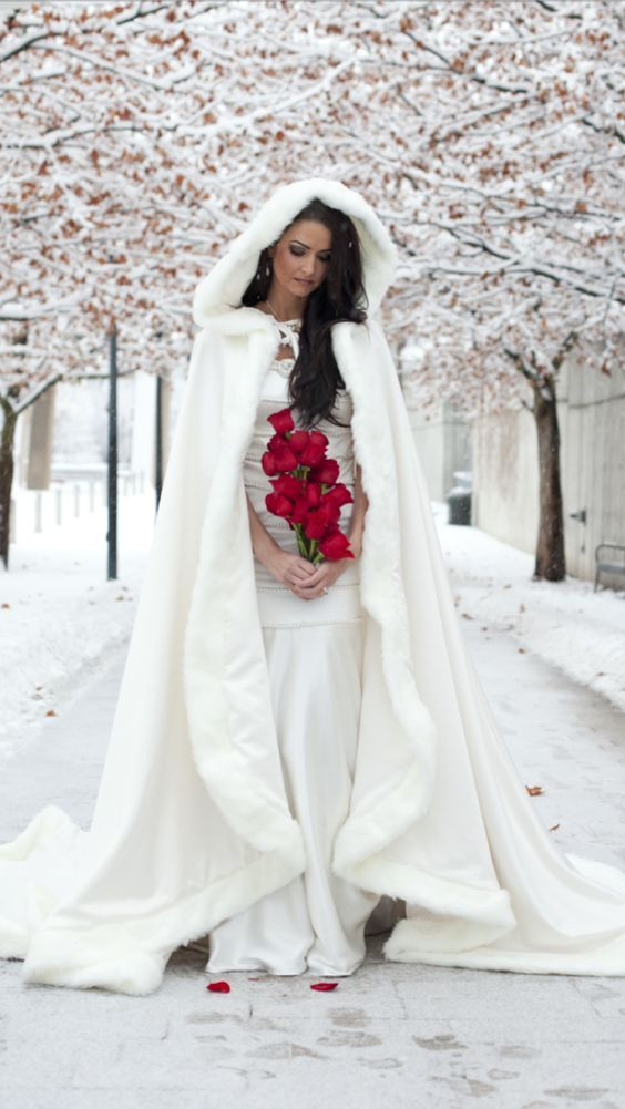 Winter  & Fall Wedding Dress inspiration for 2016... Hot Chocolates - Chocolate Fountain Hire   #wedding #weddings #bride #groom #dress #weddingdress #winter #fall #christmas   www.hotchocolates.co.uk www.blog.hotchocolates.co.uk www.evententertainmenthire.co.uk