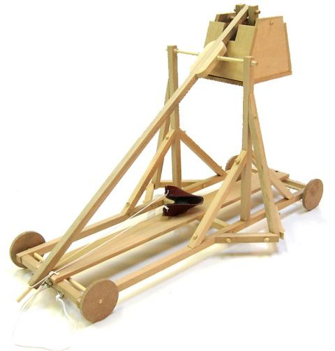Dad and the kids will love to build this medieval-style Trebuchet and see how far this ancient war machine can fling its projectiles (more than 6m apparently!) http://www.entropy.com.au/pathfinders-medieval-trebuchet #entropytoys #craft #fathersdaygifts #giftsfordad