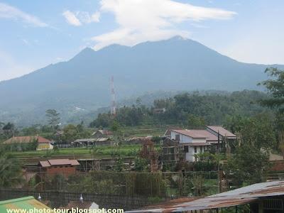 Yulia Hermawan: Mount Lawu view from Karanganyar,Central Java