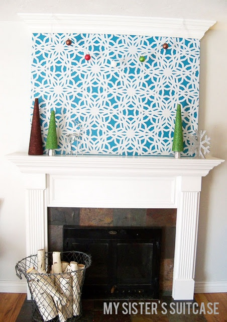 snowflake mantleWall Art, Dollar Stores, Christmas Fireplaces, Felt Snowflakes, Sisters Suitcases, Christmas Printables, Snowflakes Wall, Christmas Decor, Snowflakes Mantels