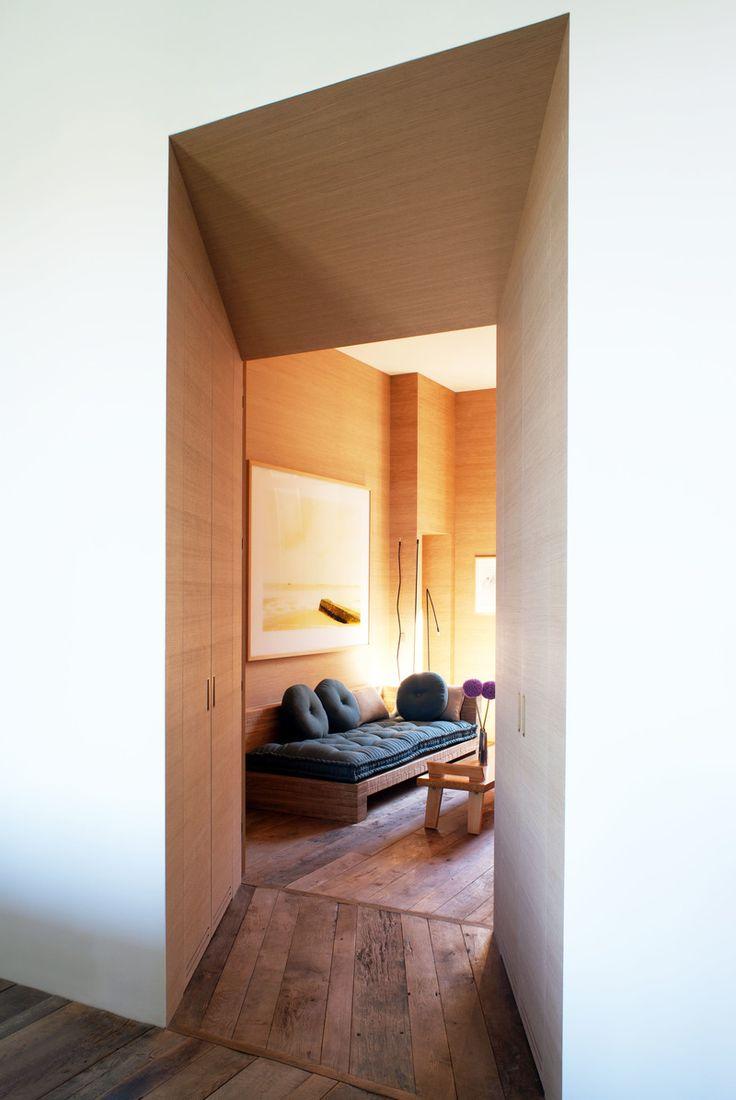 Studio reed jonathan reed s spare crafted interior design - Parisian Architect And Interior Designer Pierre Yovanovitch